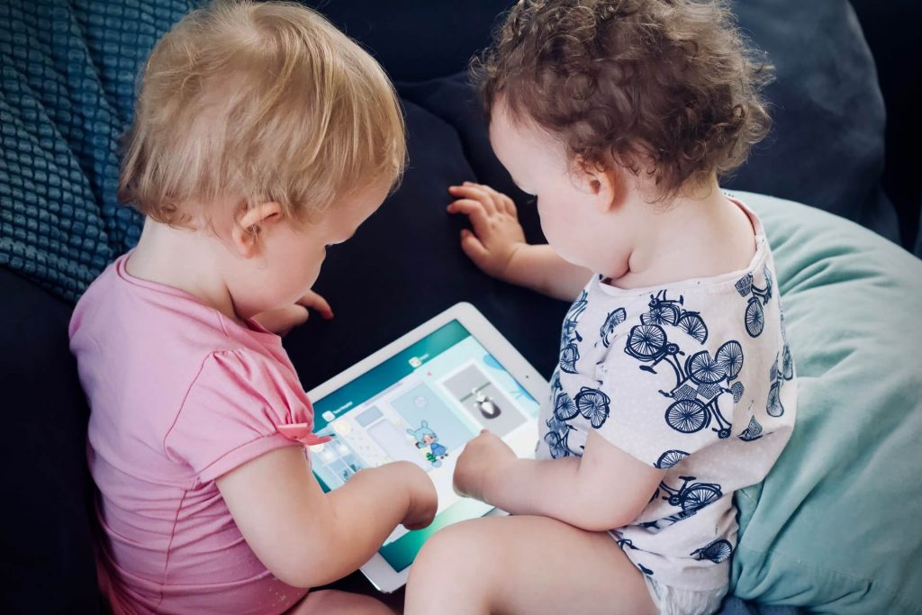 learing reading at early stages benefits